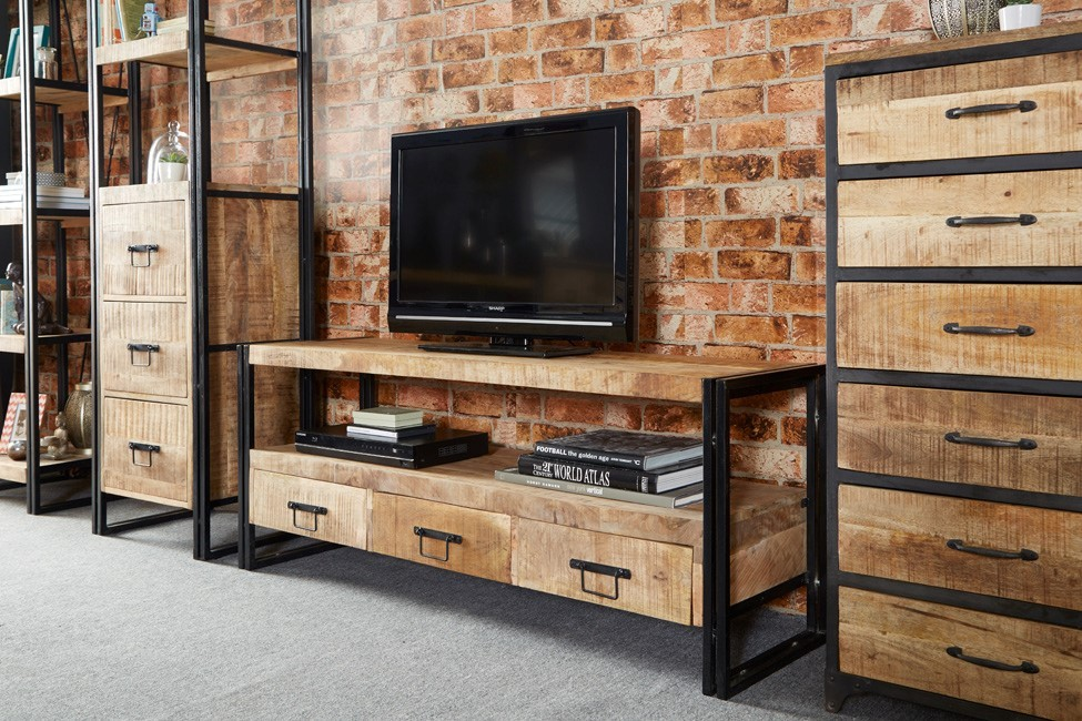 Imari industrial mango large plasma tv unit casa bella furniture uk - Idee deco avec palette ...